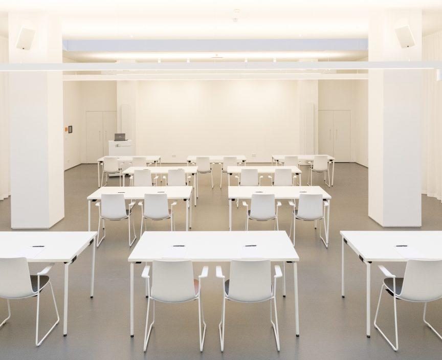 Plenum Klassenzimmer Bestuhlung